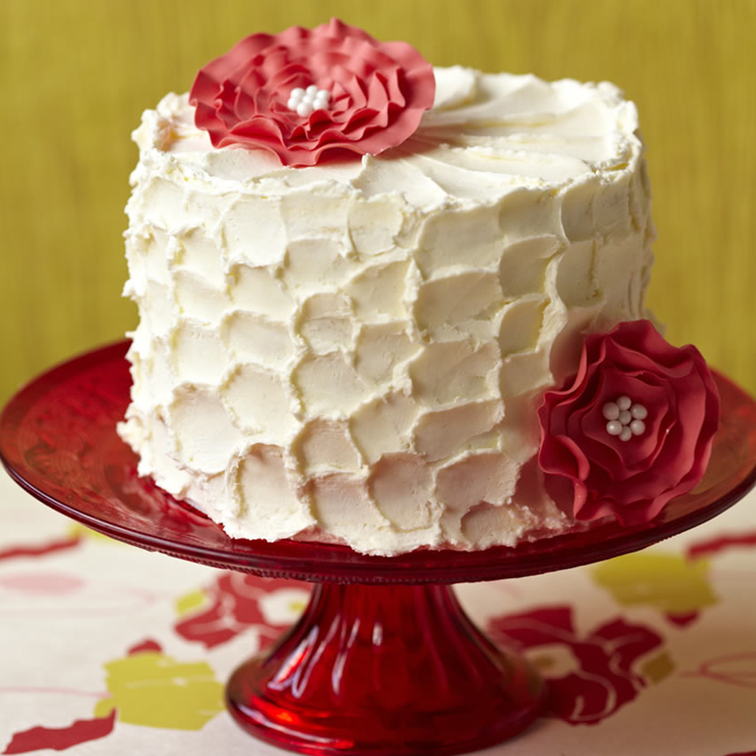 All about royal icing - My Cake Decorating UK